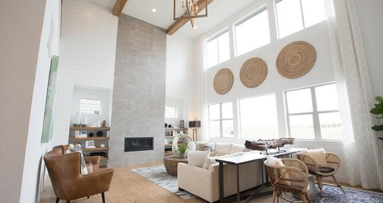 Epic-Pinnacle-Great-Room